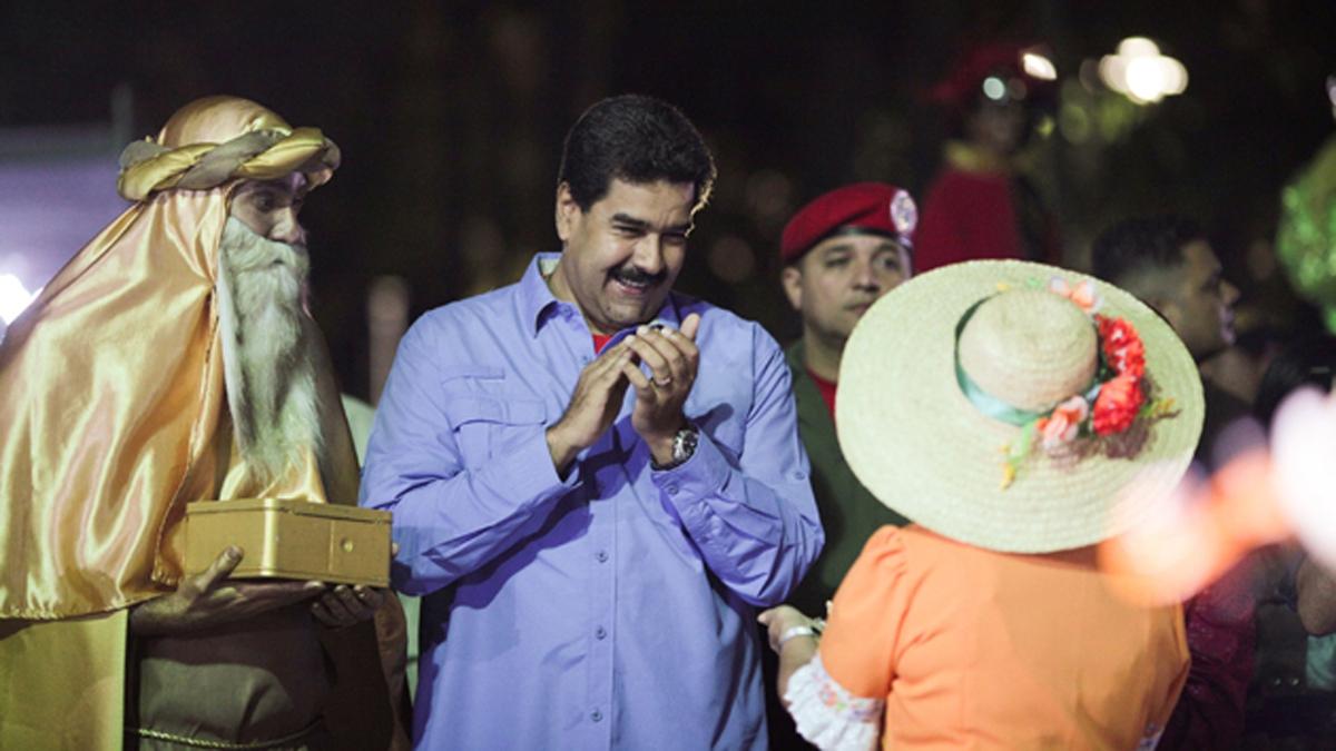 En medio a la crisis, Maduro anticipó los festejos navideños