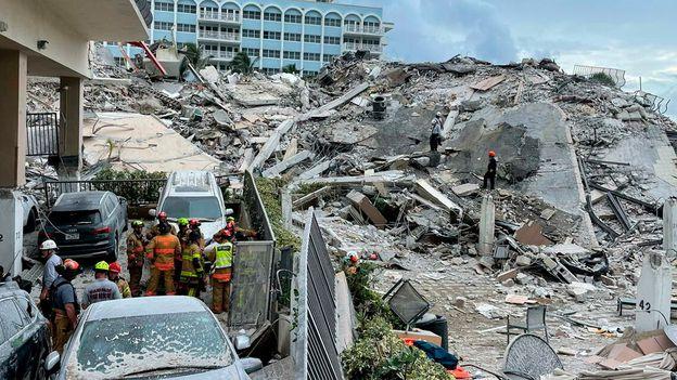 Miami: una banda robaba las identidades de las víctimas del derrumbe para cometer fraudes